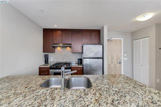Photo 5: 502 373 Tyee Road in VICTORIA: VW Victoria West Condo Apartment for sale (Victoria West)  : MLS®# 423681