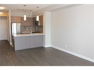 "Photo 9: 309 10033 RIVER Drive in Richmond: Bridgeport RI Condo for sale in ""PARC RIVIERA-ST. TROPEZ"" : MLS®# R2469051"