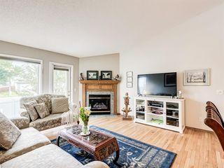 Photo 5: 12 DOUGLASVIEW Park SE in Calgary: Douglasdale/Glen Semi Detached for sale : MLS®# A1017087