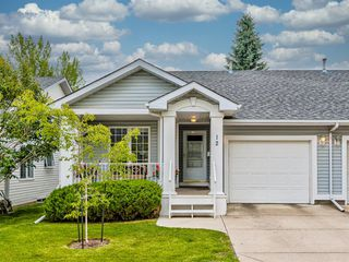 Photo 1: 12 DOUGLASVIEW Park SE in Calgary: Douglasdale/Glen Semi Detached for sale : MLS®# A1017087