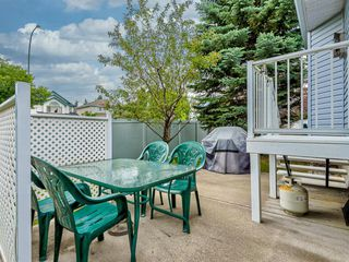 Photo 41: 12 DOUGLASVIEW Park SE in Calgary: Douglasdale/Glen Semi Detached for sale : MLS®# A1017087
