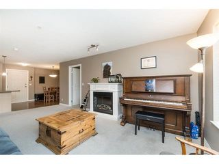 """Photo 12: 101 2581 LANGDON Street in Abbotsford: Abbotsford West Condo for sale in """"Cobblestone"""" : MLS®# R2496936"""