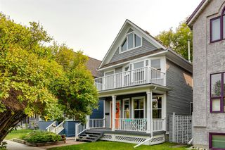 Main Photo: 245 18 Avenue NE in Calgary: Tuxedo Park Detached for sale : MLS®# A1035358