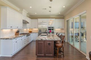Photo 10: CLAIREMONT House for sale : 5 bedrooms : 3606 Tavara Circle in San Diego