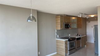 """Photo 3: 2306 13688 100 Avenue in Surrey: Whalley Condo for sale in """"Park Place One"""" (North Surrey)  : MLS®# R2505115"""