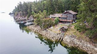 Main Photo: 225 Pilkey Point Rd in : Isl Thetis Island House for sale (Islands)  : MLS®# 857986