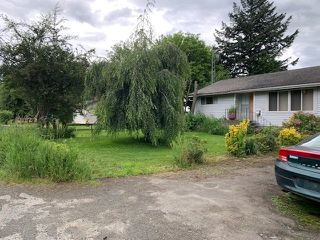 Photo 2: 5097 BOUNDARY Road in Abbotsford: Sumas Prairie House for sale : MLS®# R2513552