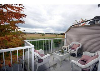 "Photo 10: 9 13028 NO 2 Road in Richmond: Steveston South Townhouse for sale in ""Water Side Village"" : MLS®# V915444"