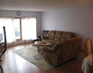Photo 2: 27 DEERING CL in WINNIPEG: Residential for sale (Valley Gardens)  : MLS®# 2919201