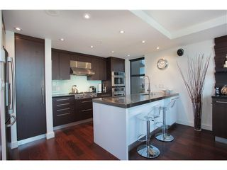 Photo 5: 707 428 W 8TH Avenue in Vancouver: Mount Pleasant VW Condo for sale (Vancouver West)  : MLS®# V970989
