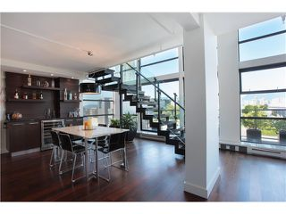 Photo 4: 707 428 W 8TH Avenue in Vancouver: Mount Pleasant VW Condo for sale (Vancouver West)  : MLS®# V970989
