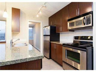 """Photo 9: 2002 688 ABBOTT Street in Vancouver: Downtown VW Condo for sale in """"FIRENZE TOWER 2"""" (Vancouver West)  : MLS®# V1041462"""