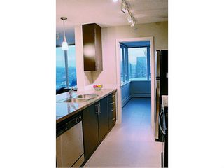 """Photo 14: 2002 688 ABBOTT Street in Vancouver: Downtown VW Condo for sale in """"FIRENZE TOWER 2"""" (Vancouver West)  : MLS®# V1041462"""