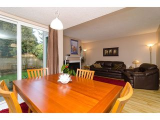 "Photo 3: 4871 HICKORY CT in Burnaby: Greentree Village House for sale in ""GREENTREE VILLAGE"" (Burnaby South)  : MLS®# V1044567"