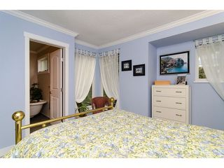 "Photo 10: 4871 HICKORY CT in Burnaby: Greentree Village House for sale in ""GREENTREE VILLAGE"" (Burnaby South)  : MLS®# V1044567"