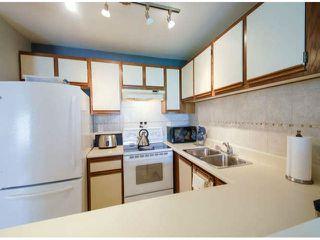 "Photo 4: 2 12952 17TH Avenue in Surrey: Crescent Bch Ocean Pk. Townhouse for sale in ""OCEAN PARK VILLAGE"" (South Surrey White Rock)  : MLS®# F1409048"