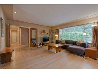 Photo 3: 4379 CAPILANO Road in North Vancouver: Canyon Heights NV House for sale : MLS®# V1061057