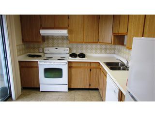 "Photo 2: 1702 615 BELMONT Street in New Westminster: Uptown NW Condo for sale in ""BELMONT TOWERS"" : MLS®# V1069402"
