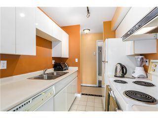 Photo 6: 202 3218 ONTARIO Street in Vancouver: Main Condo for sale (Vancouver East)  : MLS®# V1084215