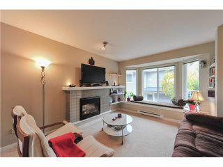 """Photo 5: 24 7370 STRIDE Avenue in Burnaby: Edmonds BE Townhouse for sale in """"MAPLEWOOD TERRACE"""" (Burnaby East)  : MLS®# V1091179"""
