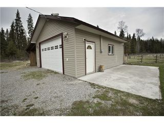 "Photo 3: 3243 ENGLISH COMPANY Road: 150 Mile House House for sale in ""BORLAND VALLEY"" (Williams Lake (Zone 27))  : MLS®# N241162"