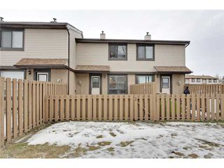 Photo 19: 52 2727 RUNDLESON Road NE in Calgary: Rundle Townhouse for sale : MLS®# C3650032