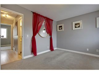 Photo 15: 52 2727 RUNDLESON Road NE in Calgary: Rundle Townhouse for sale : MLS®# C3650032