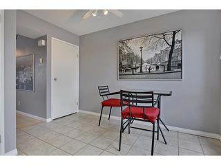 Photo 11: 52 2727 RUNDLESON Road NE in Calgary: Rundle Townhouse for sale : MLS®# C3650032