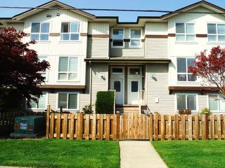 Photo 1: 2 46345 PRINCESS Avenue in Chilliwack: Chilliwack E Young-Yale Townhouse for sale : MLS®# H2151366