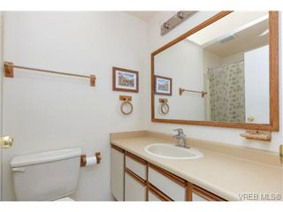 Photo 11: 4113 Larchwood Dr in VICTORIA: SE Lambrick Park House for sale (Saanich East)  : MLS®# 699447
