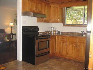 Photo 2: 426 Ravelston Avenue in WINNIPEG: Transcona Residential for sale (North East Winnipeg)  : MLS®# 1510590