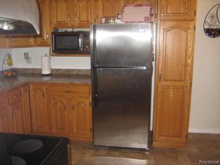 Photo 5: 426 Ravelston Avenue in WINNIPEG: Transcona Residential for sale (North East Winnipeg)  : MLS®# 1510590