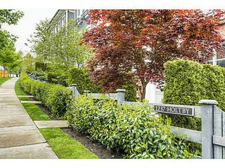 """Photo 19: 21 1237 HOLTBY Street in Coquitlam: Burke Mountain Townhouse for sale in """"TATTON"""" : MLS®# V1119874"""