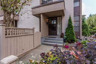 "Photo 3: 49 13809 102 Avenue in Surrey: Whalley Townhouse for sale in ""The Meadows"" (North Surrey)  : MLS®# F1447952"