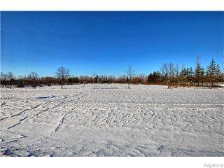 Photo 1:  in LORETTE: Dufresne / Landmark / Lorette / Ste. Genevieve Residential for sale (Winnipeg area)  : MLS®# 1530862