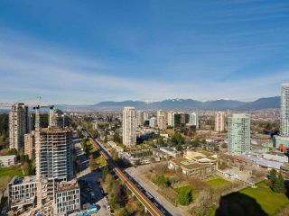 Photo 18: 3209 6333 SILVER Avenue in Burnaby: Metrotown Condo for sale (Burnaby South)  : MLS®# R2037515