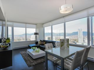 Photo 3: 3209 6333 SILVER Avenue in Burnaby: Metrotown Condo for sale (Burnaby South)  : MLS®# R2037515