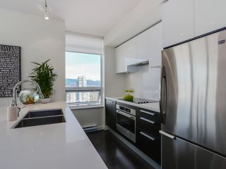 Photo 8: 3209 6333 SILVER Avenue in Burnaby: Metrotown Condo for sale (Burnaby South)  : MLS®# R2037515