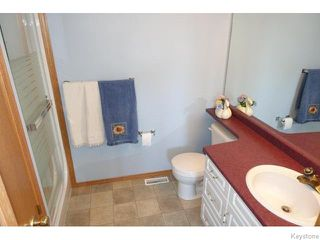 Photo 10: 172 Holly Drive in Oakbank: Anola / Dugald / Hazelridge / Oakbank / Vivian Residential for sale (Winnipeg area)  : MLS®# 1604344