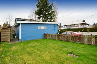 "Photo 14: 2958 KIDD Road in Surrey: Crescent Bch Ocean Pk. House for sale in ""Crescent Beach"" (South Surrey White Rock)  : MLS®# R2039219"
