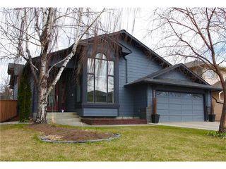 Main Photo: 1002 SUNCASTLE Drive SE in Calgary: Sundance House for sale : MLS®# C4059112