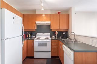 """Photo 11: 506 1238 RICHARDS Street in Vancouver: Yaletown Condo for sale in """"METROPOLIS"""" (Vancouver West)  : MLS®# R2077432"""