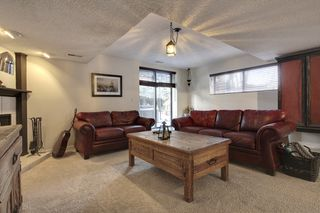 Photo 20: 555 Woodpark Crescent SW in Calgary: House for sale : MLS®# C3650017