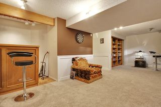 Photo 25: 555 Woodpark Crescent SW in Calgary: House for sale : MLS®# C3650017