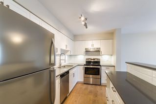 Photo 3: 35 21960 RIVER Road in Maple Ridge: West Central Townhouse for sale : MLS®# R2118565