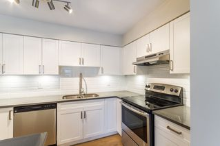 Photo 1: 35 21960 RIVER Road in Maple Ridge: West Central Townhouse for sale : MLS®# R2118565