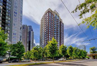 "Main Photo: 1206 550 PACIFIC Street in Vancouver: Yaletown Condo for sale in ""Aqua"" (Vancouver West)  : MLS®# R2119125"