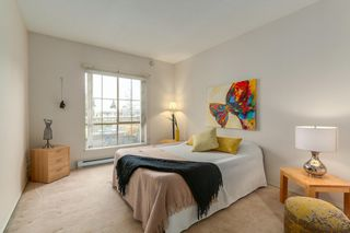 """Photo 7: 302 8580 GENERAL CURRIE Road in Richmond: Brighouse South Condo for sale in """"Queen's Gate"""" : MLS®# R2135622"""