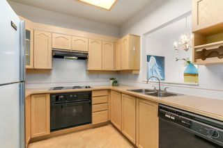 "Photo 5: 302 8580 GENERAL CURRIE Road in Richmond: Brighouse South Condo for sale in ""Queen's Gate"" : MLS®# R2135622"