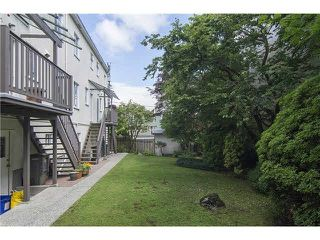 """Photo 15: 3170 ALMA Street in Vancouver: Point Grey Townhouse for sale in """"CASSER ESTATES LTD."""" (Vancouver West)  : MLS®# R2139281"""